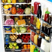Local Food, Simple Living: To De-clutter is Key