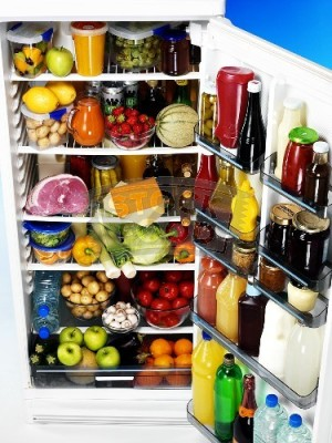 Open-refrigerator-full-of-food-405431