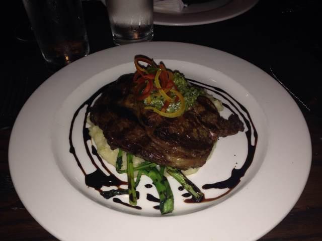 Steak with Truffle Mashed Potatos